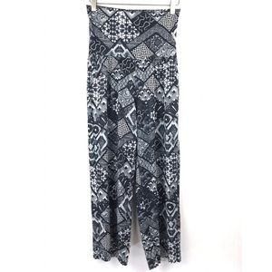 Onzie Black & White High Waisted Wide Leg Crops